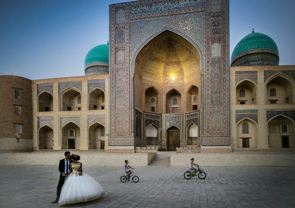 Uzbekistan - The silk route